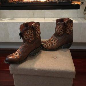 Dan Post Shoes - NWT Dan Post boots